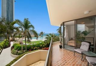 Paradise Centre Apartments - Surfers Paradise ...