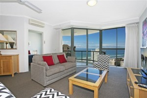 why gold coast apartments are preferred over hotels